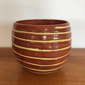 Vintage BloomRite Spiral Flower Pot